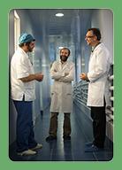 Сотрудники Научной компании Фламена обсуждают результаты проведенной работы